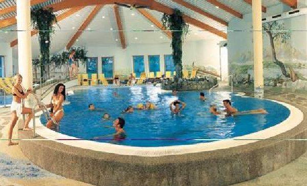 083 zwembad camping overekt